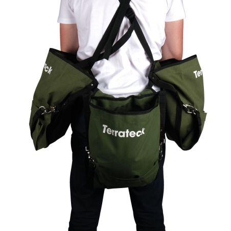 Extra pocket for lateral harvest bag